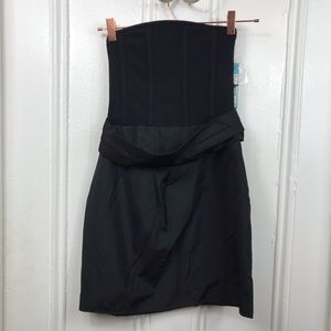 NWT Alice and Olivia black silk strapless dress